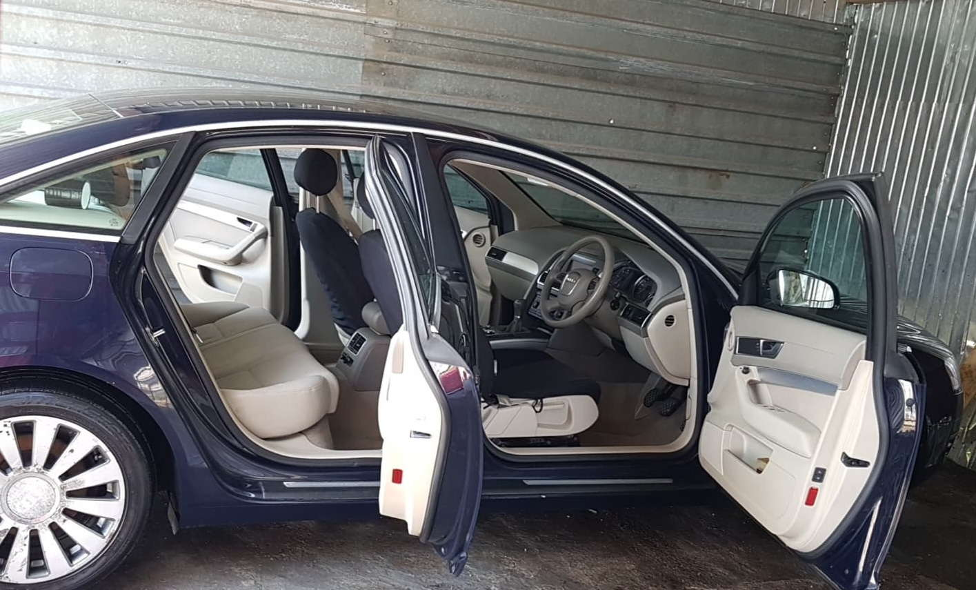 curatare aburi tapiterie detailing auto spalare aburi spalatorie interior auto
